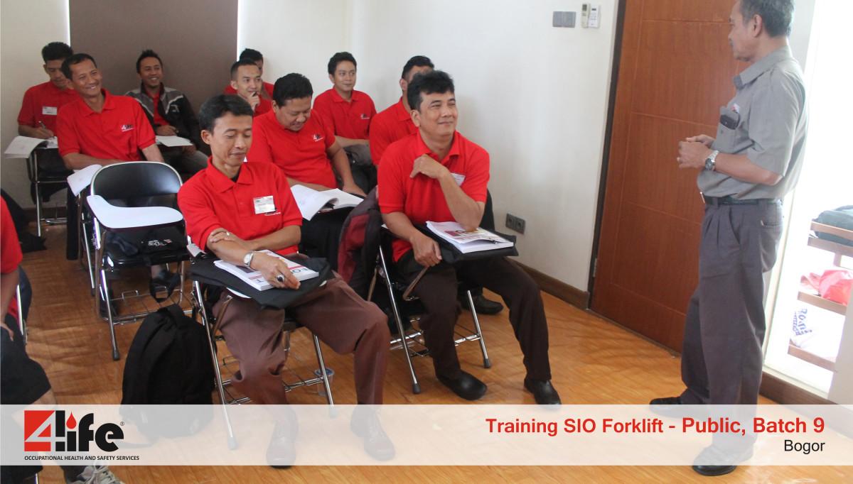 Tempat Training Pengemudi Forklift di Benua Permai Lestari