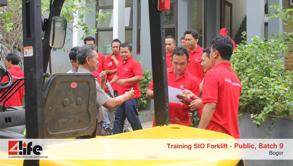 Training Sertifikasi Operator Forklift di Benua Permai Lestari