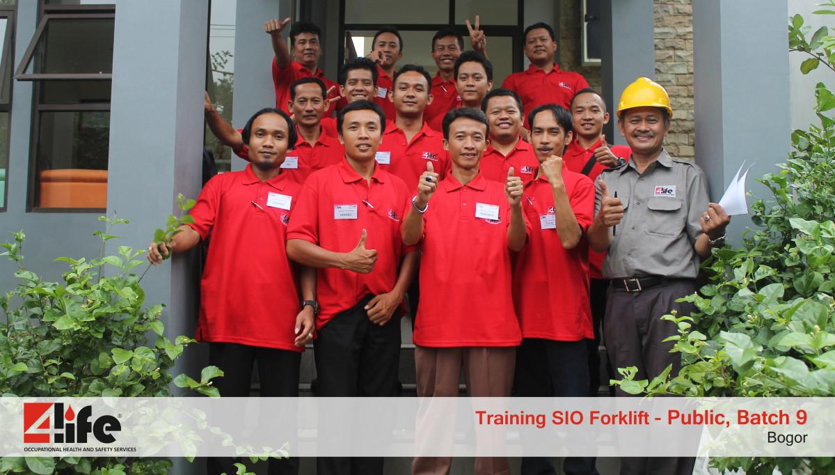 Sertifikasi Training Pengemudi Forklift di Jakarta Industrial Estate