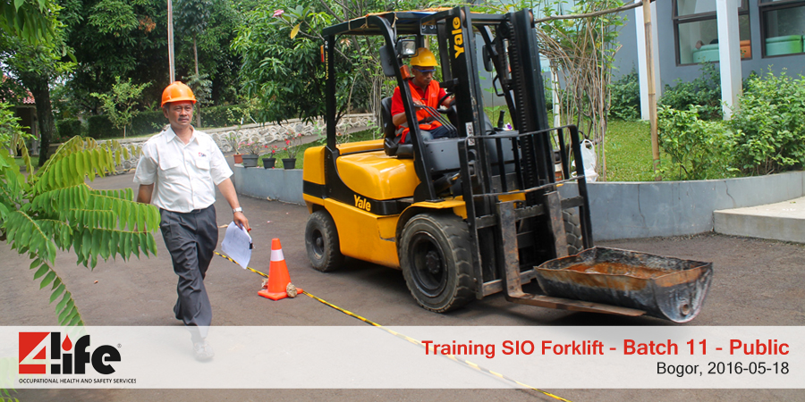 training-sio-forklift-public-batch11-18mei-2016-4