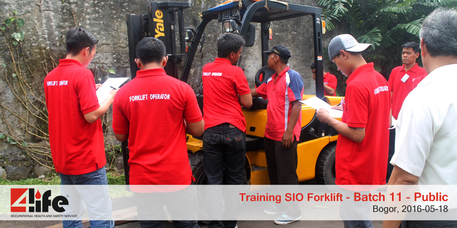 training-sio-forklift-public-batch11-18mei-2016-6