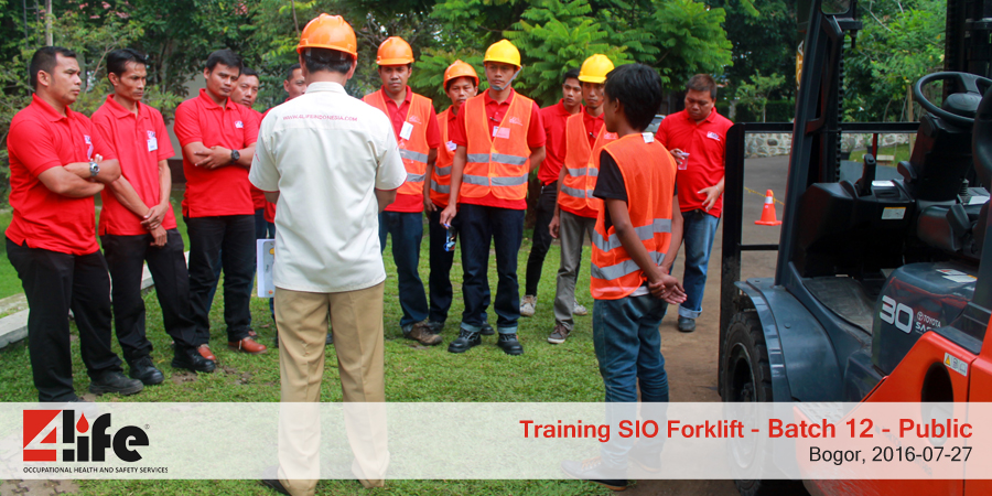 training-sio-forklift-public-batch12-27juli-2016-5